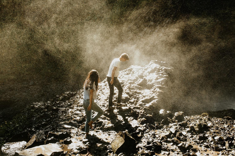 adventurous-mountain-engagement-session-banff-alberta-canada-calgary-edmonton-lethbridge-destination-wedding-photographer-havilah-heger-waterfall-banff-session-couples-photography_12