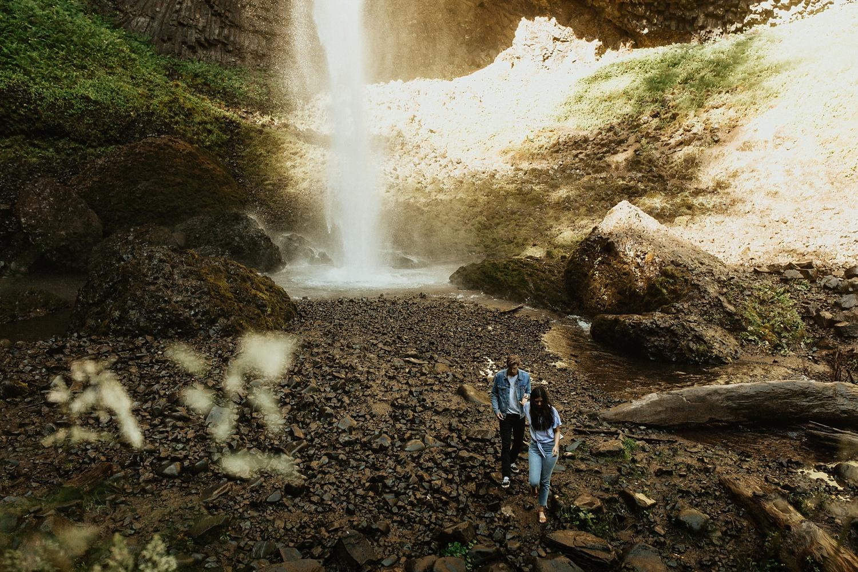 adventurous-mountain-engagement-session-banff-alberta-canada-calgary-edmonton-lethbridge-destination-wedding-photographer-havilah-heger-waterfall-banff-session-couples-photography_14