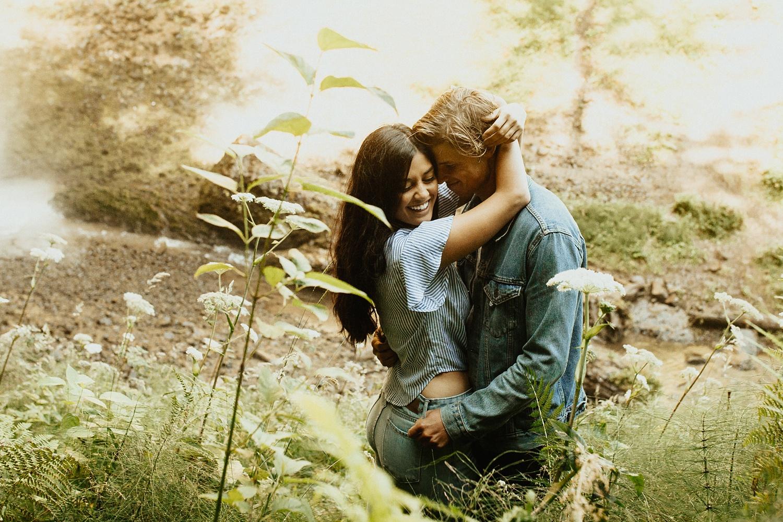 adventurous-mountain-engagement-session-banff-alberta-canada-calgary-edmonton-lethbridge-destination-wedding-photographer-havilah-heger-waterfall-banff-session-couples-photography_20