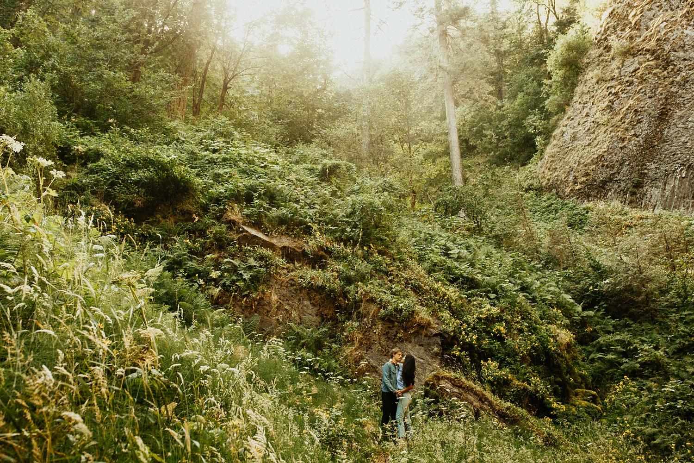 adventurous-mountain-engagement-session-banff-alberta-canada-calgary-edmonton-lethbridge-destination-wedding-photographer-havilah-heger-waterfall-banff-session-couples-photography_22