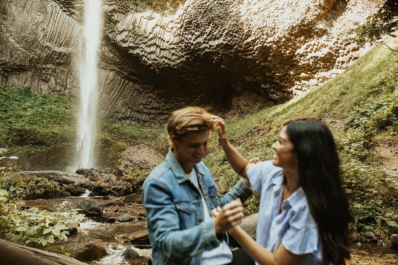 adventurous-mountain-engagement-session-banff-alberta-canada-calgary-edmonton-lethbridge-destination-wedding-photographer-havilah-heger-waterfall-banff-session-couples-photography_30