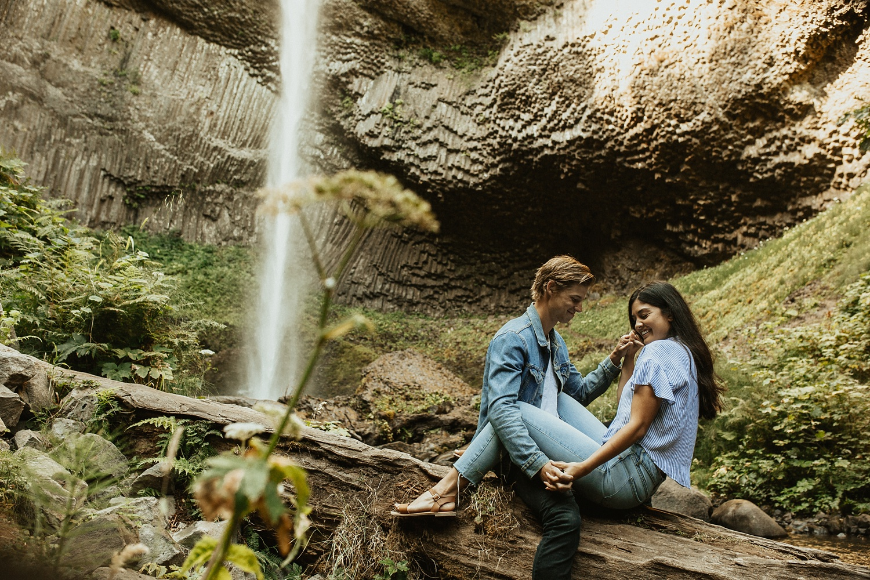 adventurous-mountain-engagement-session-banff-alberta-canada-calgary-edmonton-lethbridge-destination-wedding-photographer-havilah-heger-waterfall-banff-session-couples-photography_34